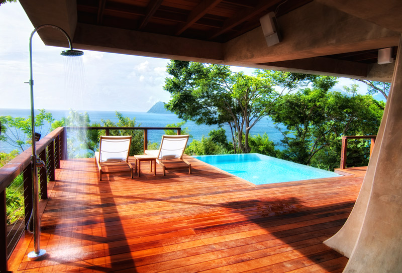 Zabuco Villa pool and shower at Secret Bay