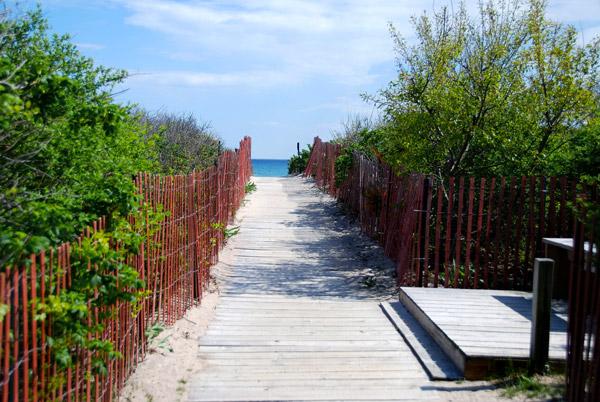 Walkway to the beach at Weekapaug Inn