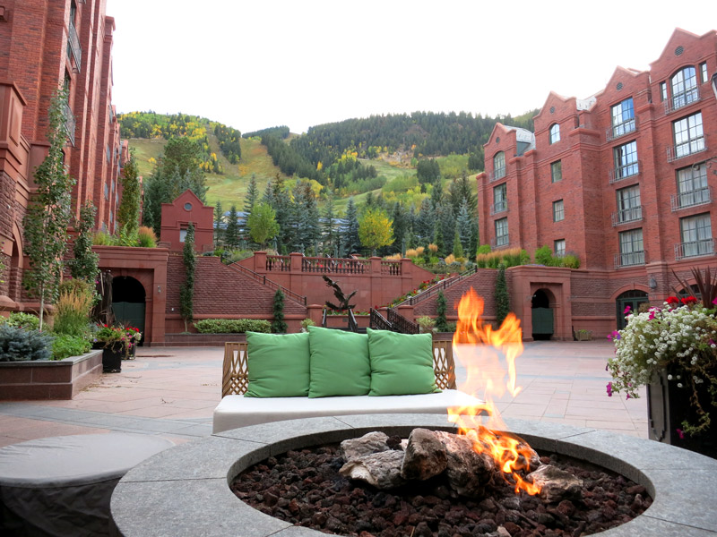 Courtyard at The St. Regis Aspen