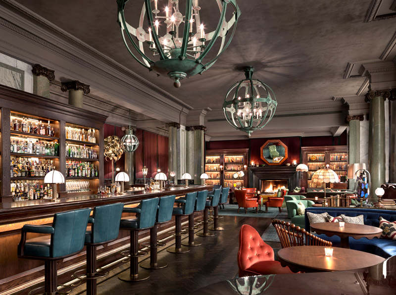 Scarfes Bar at the Rosewood London - © Durston Saylor