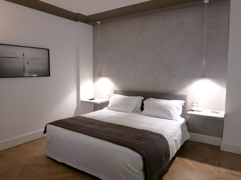 Bedroom at Hotel Principe di Villafranca - Photo by Hideaway Report editor