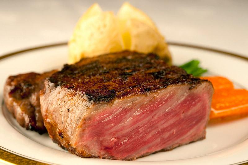 Sanda beef at <em>Aragawa</em>