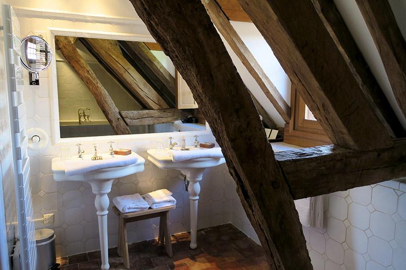 Bath in our Aubépine Junior Suite at La Borde