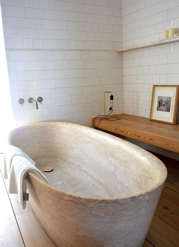 The bath of our Suite Santa Clara at Santa Clara 1728 in Lisbon, Portugal - Photo by Hideaway Report editor