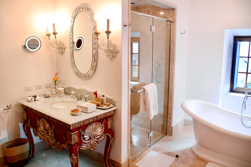 The bath of our suite at Belmond Palacio Nazarenas in Cusco, Peru - Photo by Hideaway Report editor