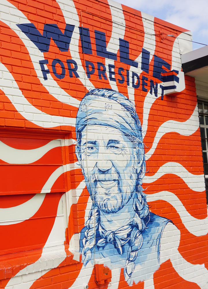 Mural featuring Willie Nelson for president - Photo by Tiffany Stewart