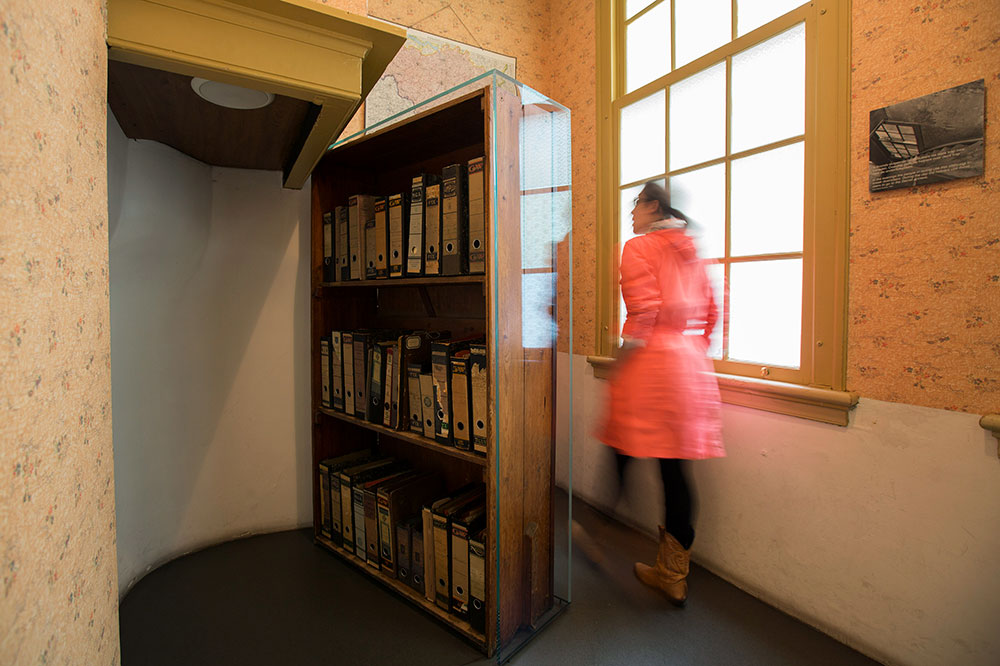 The bookcase entrance to the secret annex at the Anne Frank House in Amsterdam, Netherlands - Cris Toala Olivares/Anne Frank Huis/Flickr