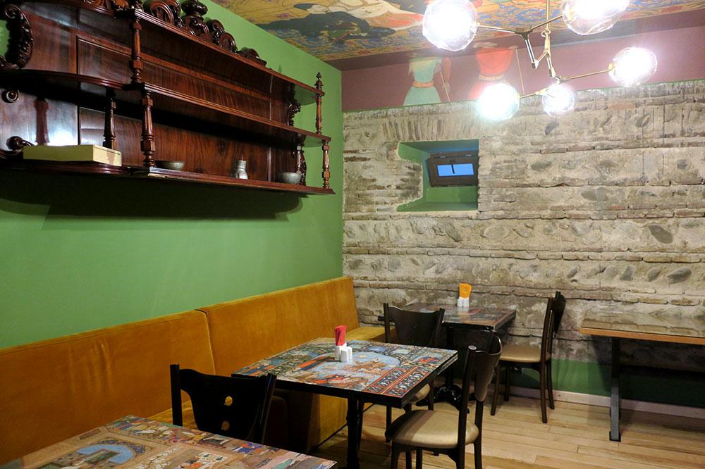 The breakfast room at Hotel Erekle II
