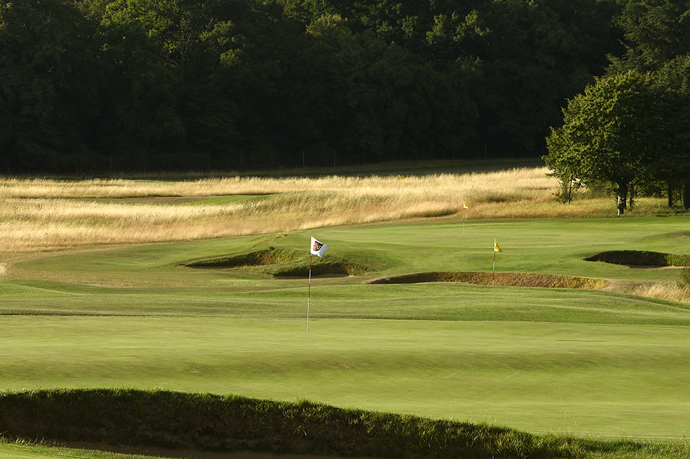 Hole 18 (foreground) on the Vineuil course in Chantilly, France