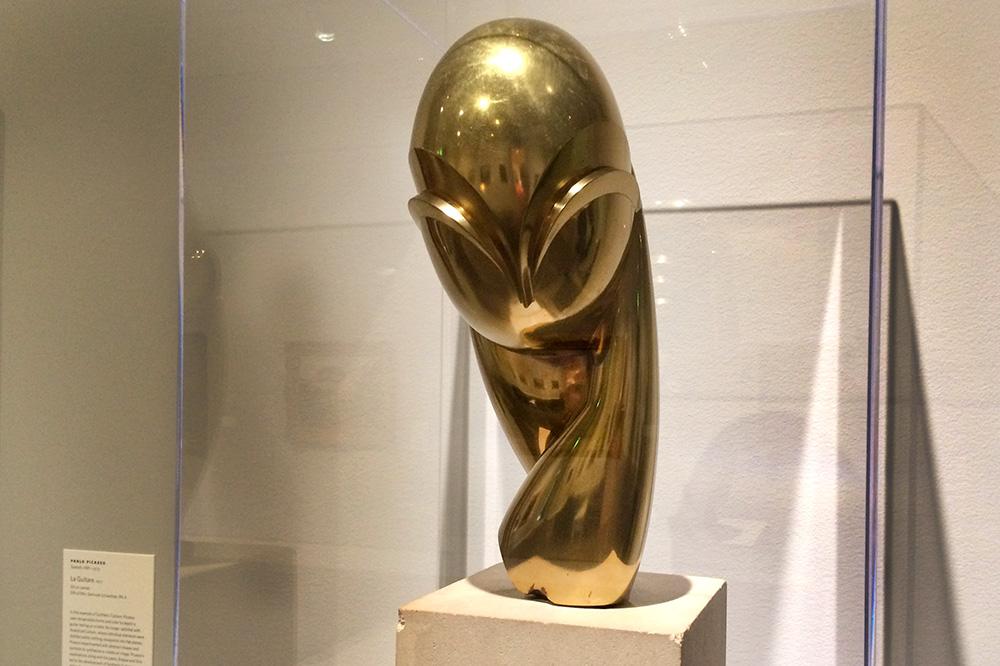 A sculpture by Constantin Brâncuși at the Norton Museum of Art