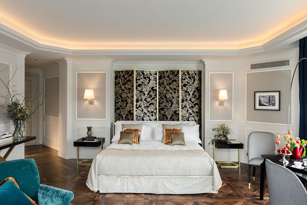 The Corner Junior Suite at VISTA Palazzo Lago di Como