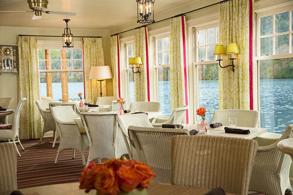 The dining room at Lake Austin Spa Resort in Austin, Texas - Lake Austin Spa Resort