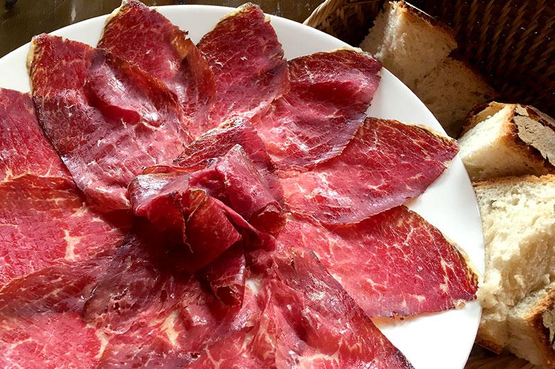 Beef carpaccio at <em>Bodega El Capricho</em>