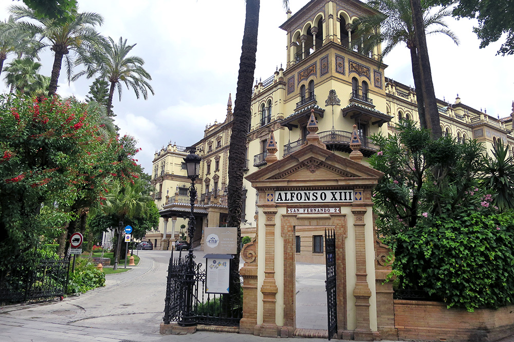 The entrance to and exterior of Hotel Alfonso XIII