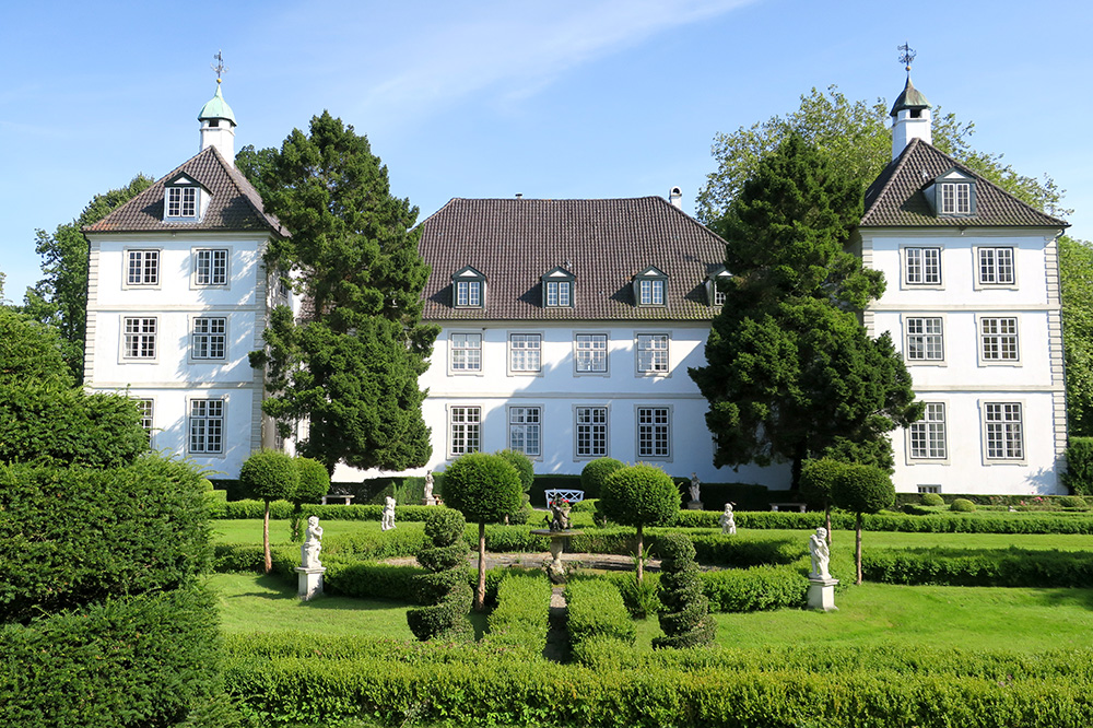 The exterior of the château at Ole Liese in Panker, Germany - Photo by Hideaway Report editor
