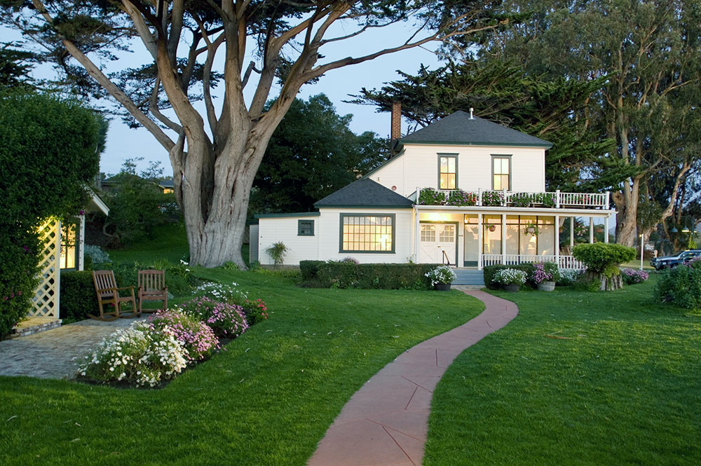 Farmhouse at Mission Ranch in Carmel-by-the-Sea, California - Mission Ranch