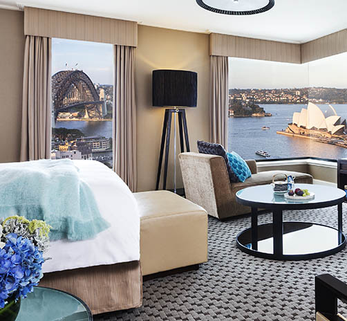 Full Harbour Junior Suite © Four Seasons