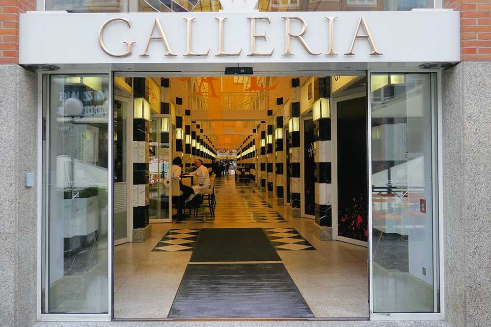 The entrance of the Galleria passage