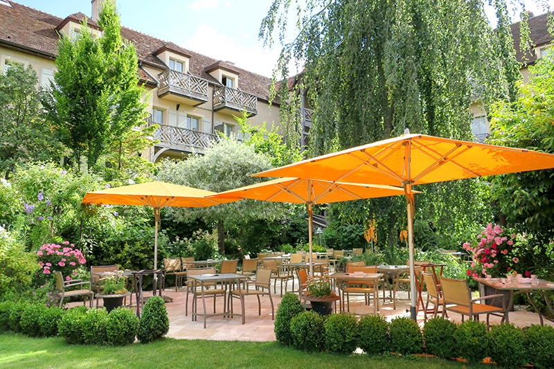 Garden patio at Le Relais Bernard Loiseau - Photo by Hideaway Report editor