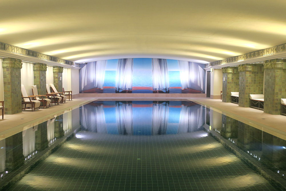The spa pool at the Park Hyatt Hamburg - Photo by Hideaway Report editor