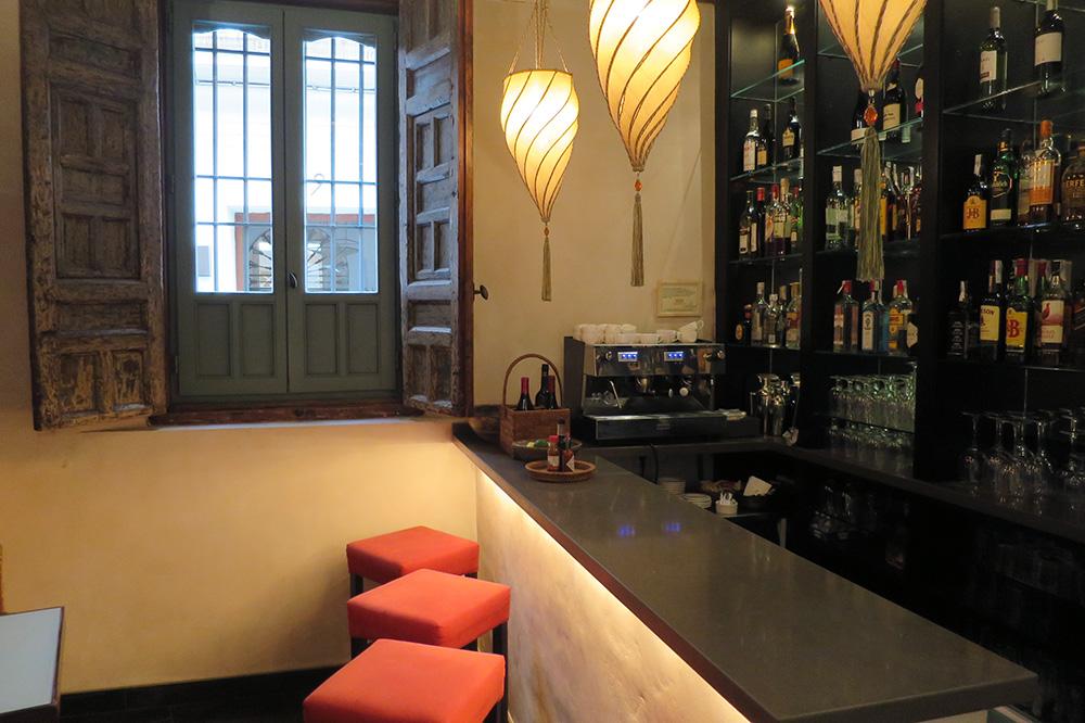 The bar at Corral del Rey