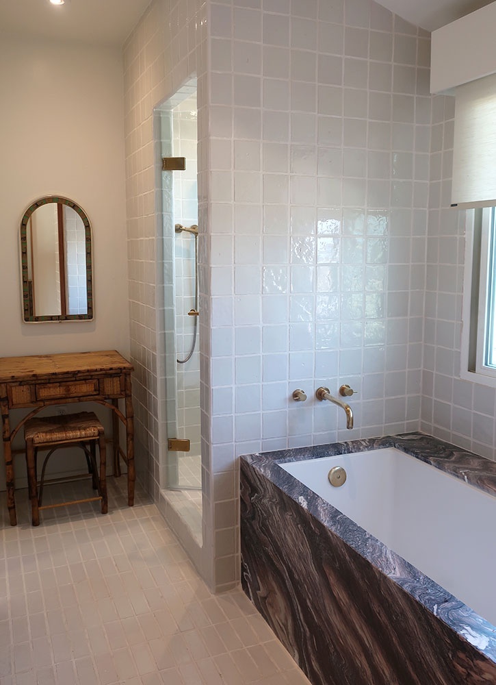 The bath of our Soleil room at Hotel Joaquin in Laguna Beach, California - Photo by Hideaway Report editor
