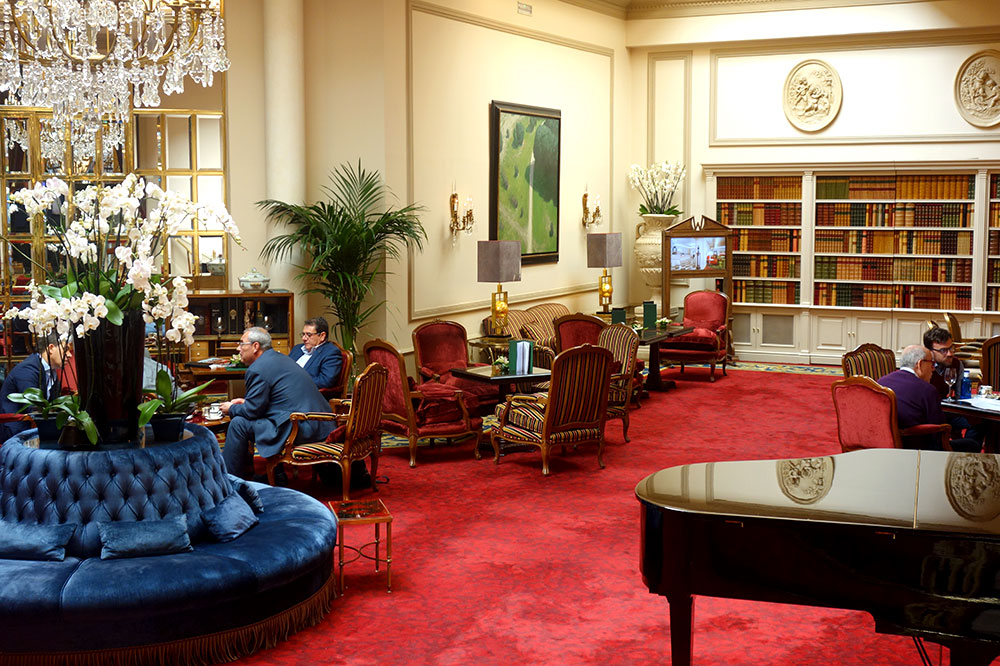 The lounge at Hotel Wellington