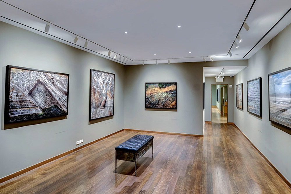 Edward Burtynsky exhibition at Howard Greenberg Gallery