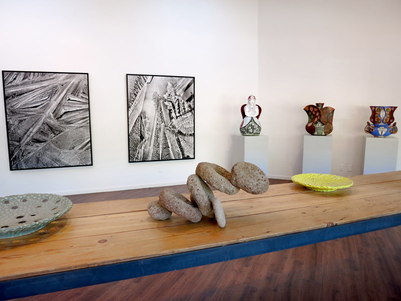 Display of art and ceramics at Harvey / Meadows Gallery - Photo by Hideaway Report editor