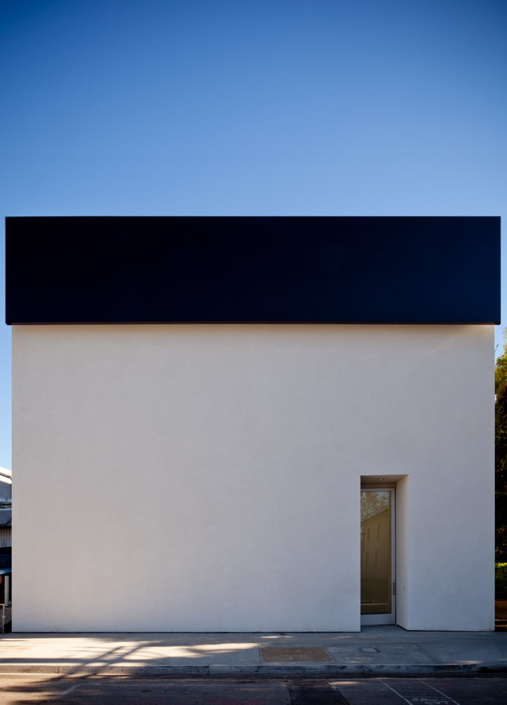 The exterior of Matthew Marks as designed by Ellsworth Kelly - Joshua White