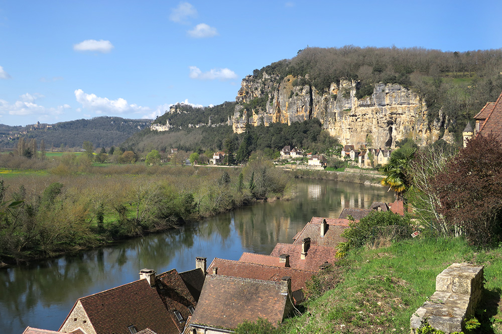 The commune of La Roque-Gageac in the Dordogne, France