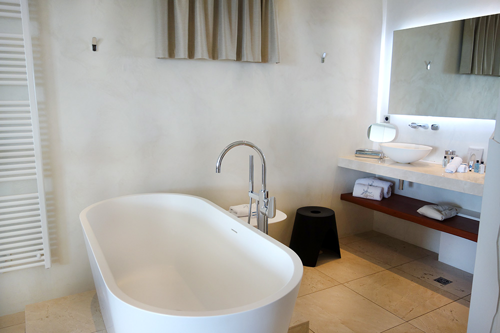 The bath of our room at Le Petit Nice in Marseille, France - Photo by Hideaway Report editor