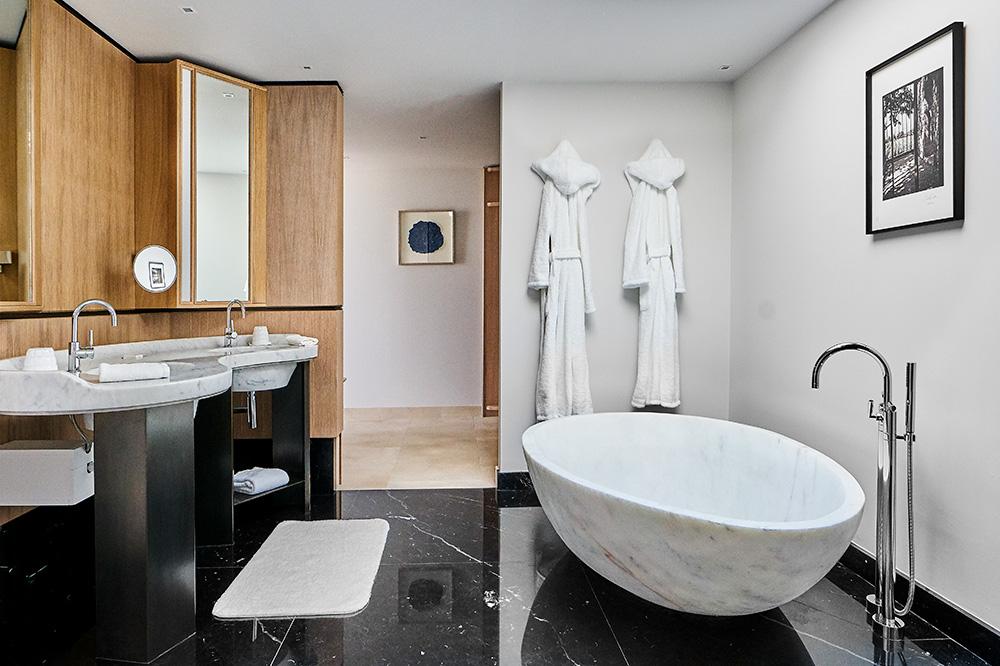 The bath of the 2 Bedroom Pool Villa Suite at Villa La Coste in Le Puy-Sainte-Réparade, France