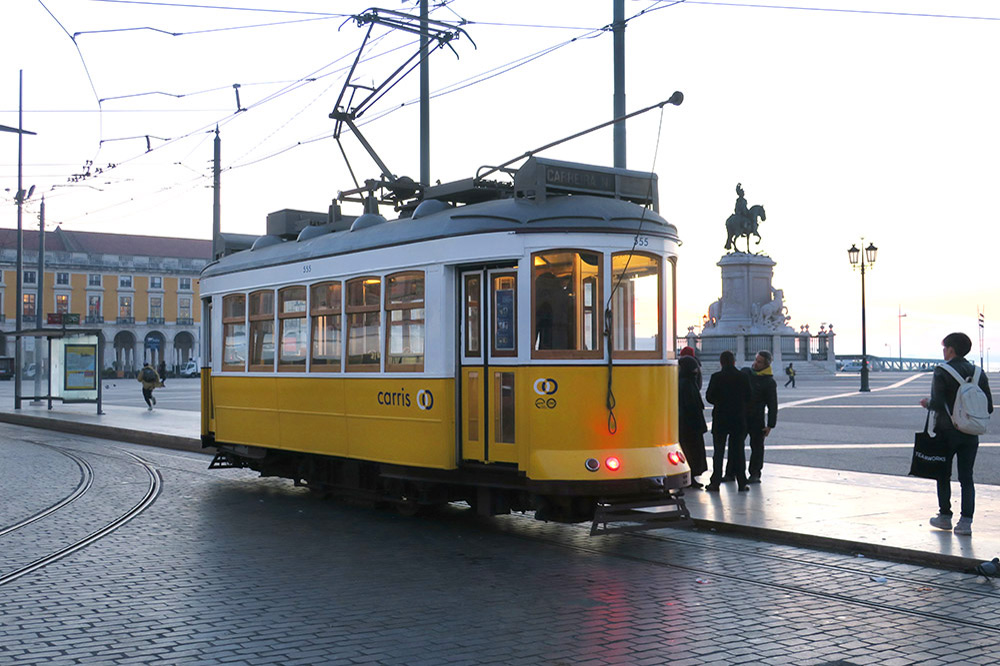 Streetcar on the Praça do Comércio, Lisbon, Portugal - Photo by Hideaway Report editor