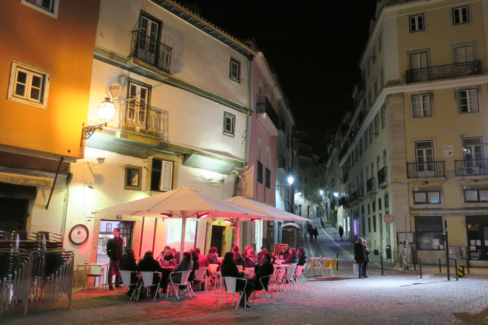 Largo de Chafariz de Dentro, a classic square in the Alfama neighborhood of Lisbon, Portugal - Photo by Hideaway Report editor
