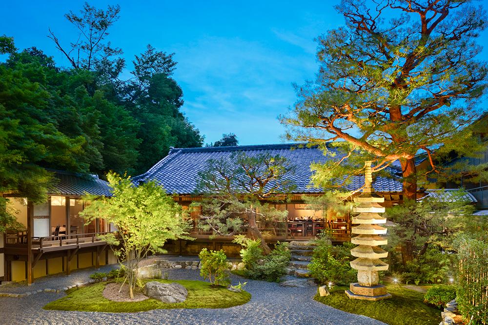 Courtyard at Suiran in Kyoto