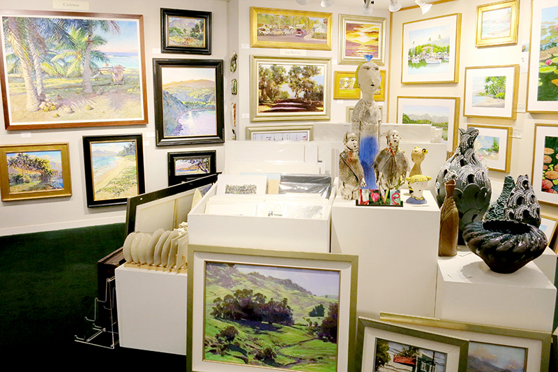 Assortment of artwork at the Village Galleries - Photo by Hideaway Report editor