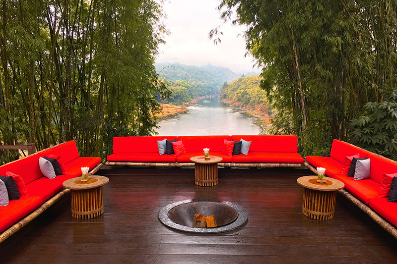 Main lounge deck at Malikha Lodge - Photo by Hideaway Report editor