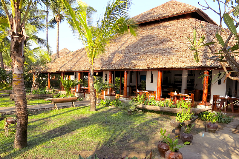 <i>Tamarind</i> restaurant at Ngapali Bay Villas & Spa - Photo by Hideaway Report editor