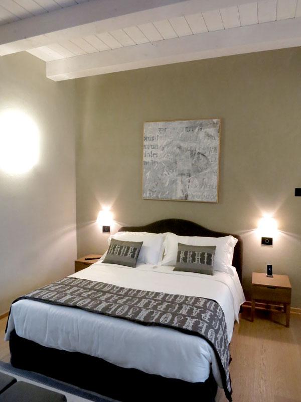 """""""Pearl"""" suite at Relais San Maurizio's Suites San Luigi"""