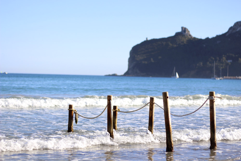 Beach at Poetto - ©Godadex/iStock/Thinkstock