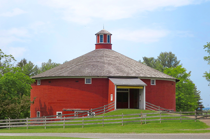 "The ""Round Barn"" at the Shelburne Museum - Photo by Hideaway Report editor"