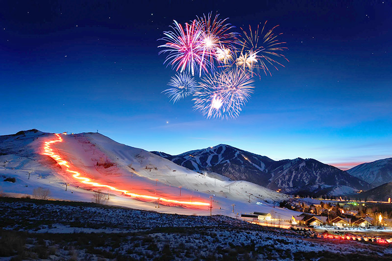 Torchlight parade fireworks - Courtesy of Visit Sun Valley © Tory Taglio Photography