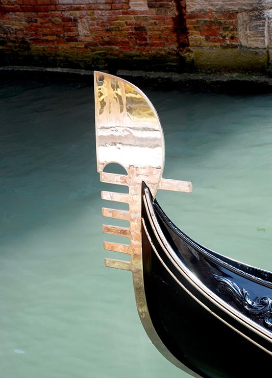 a5ddb4c468a The gondola s disctinctive metal prow ornament