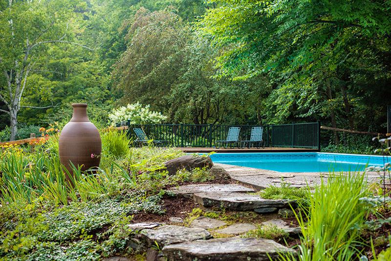 Pool and garden at Four Columns Inn