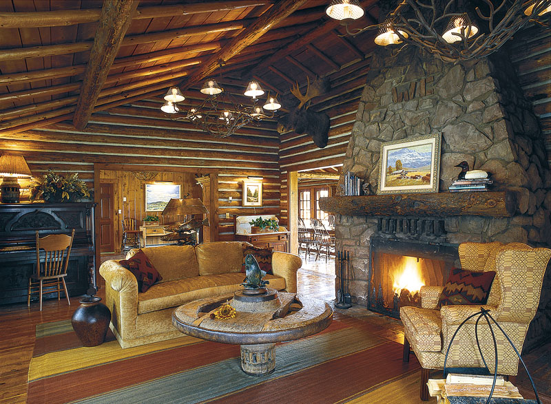 The great room at Firehole Ranch