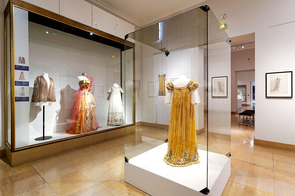An exhibit at the Musée des Tissus