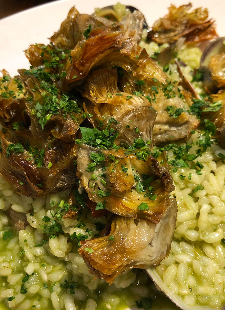 Artichoke-and-clam risotto from <em>Fismuler</em> in Madrid - Photo by Hideaway Report editor