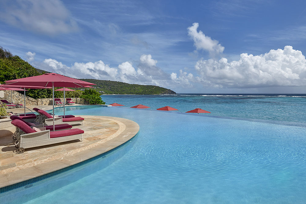 The infinity pool at Mandarin Oriental Canouan on Canouan Island