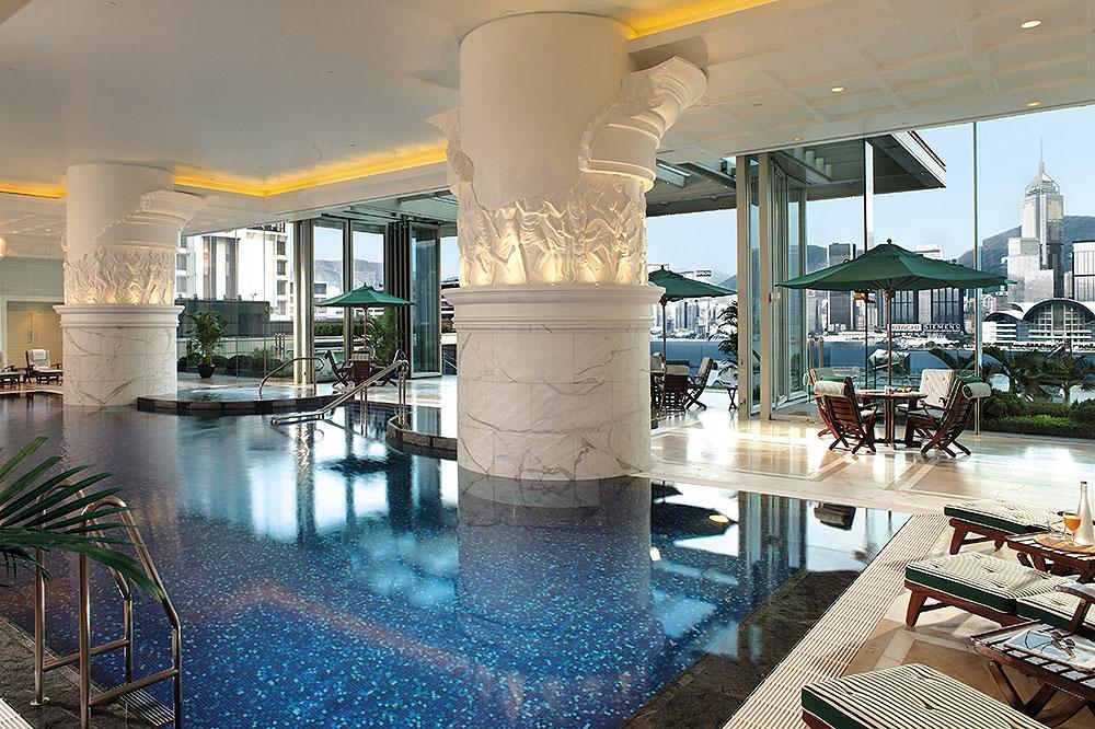The spa pool at the Peninsula Hong Kong